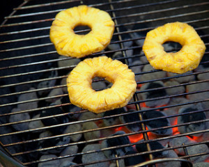 How to Grill Pineapples
